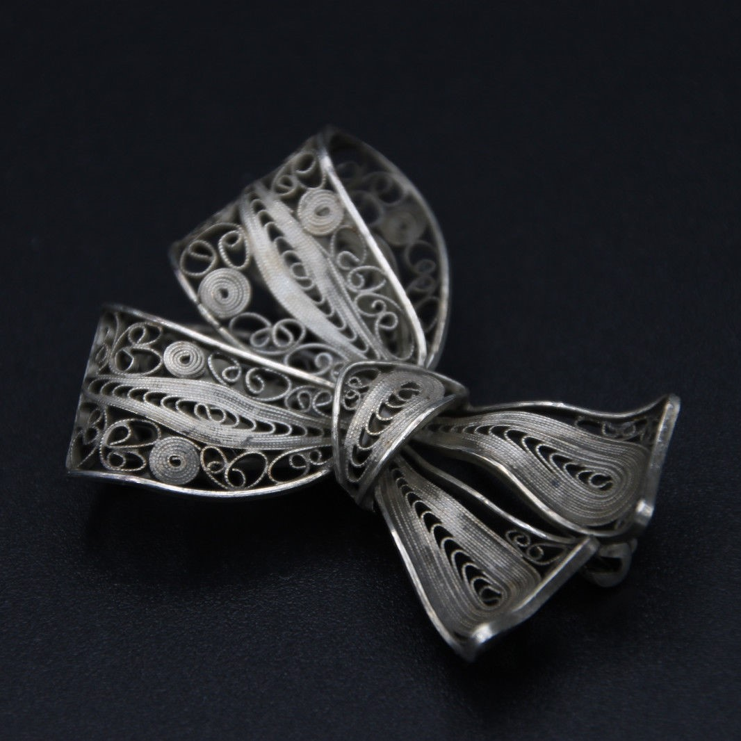 aarre and krogh silver filigree bow broocg