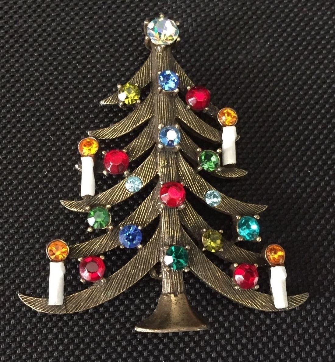 Above : Weiss Vintage Rhinestone Crystal Necklace And Weiss Christmas Tree  Brooch